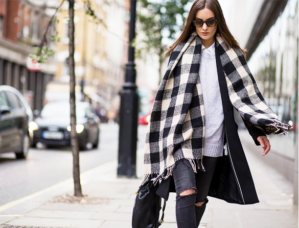 street-style-blanket-scarf-glamazons-blog-4